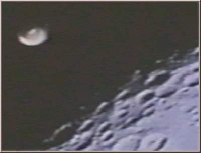 image from http://4.bp.blogspot.com/_rlTOI_eC7dY/SL-naxSHmUI/AAAAAAAABFg/pLOtMFq1GQQ/s400/NASA6.jpg